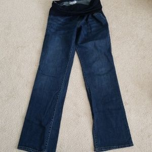 Maternity blue jeans with built in stretch